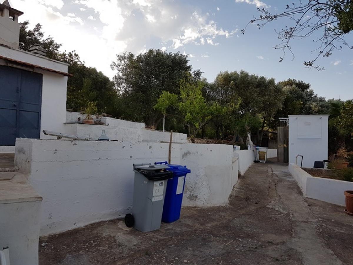 2 Bedrooms Bedrooms, ,2 BathroomsBathrooms,Villa in campagna,VENDITA,1039